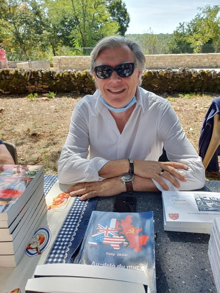 trufiière des livres à Rocamadour